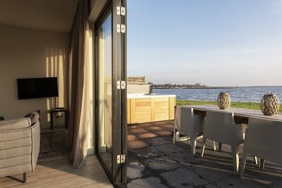 Dutchen luxe villa met privé jacuzzi - Baayvilla 9